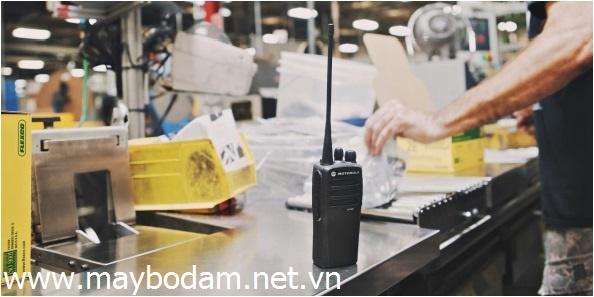Nhà phân phối Motorola XiR P3688 UHF/VHF